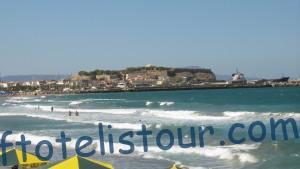 крепость Ретимно вид с пляжа