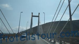 Мост через пролив в Халкиде